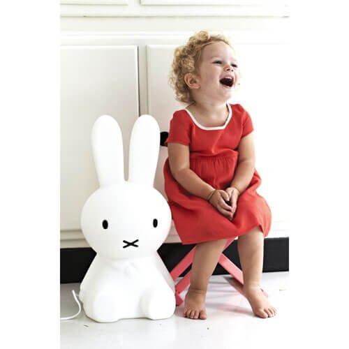 Miffy Lamp Sサイズと女の子